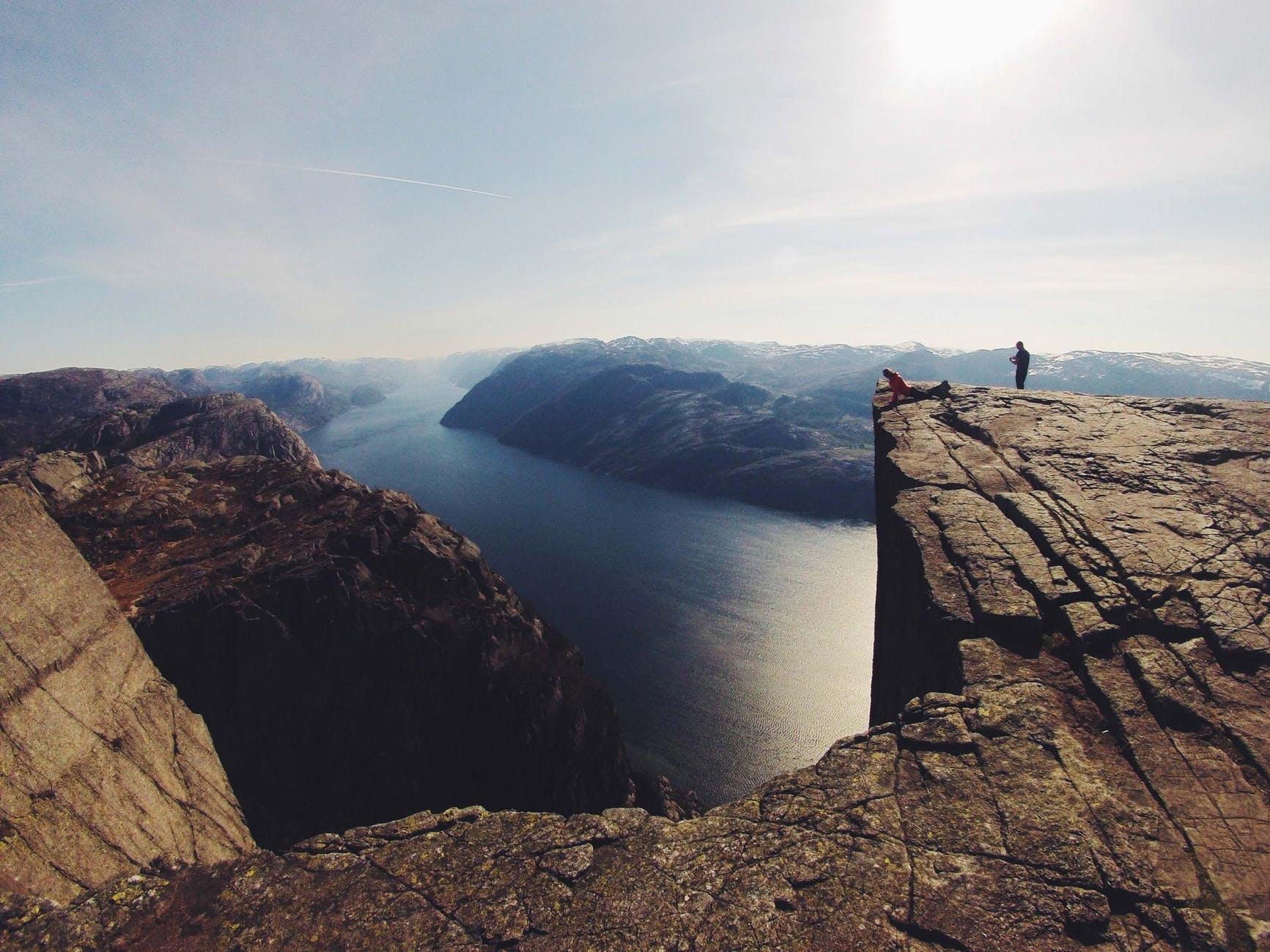 adventure cliff lookout people